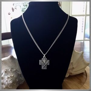 Vintage Sterling Silver Wheat/Grapes Creed Cross